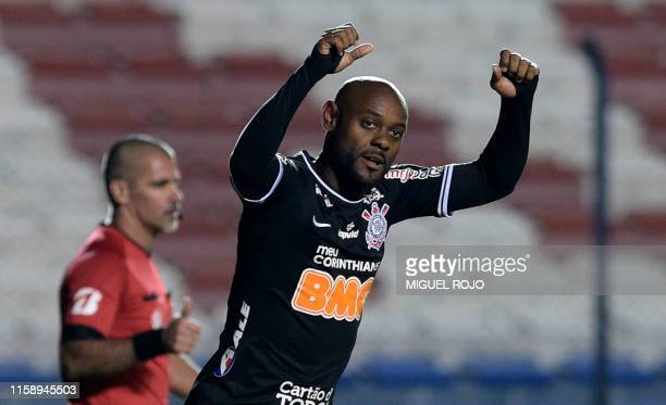 Vagner Love of Brazil Corinthians celebrates after scoring against Uruguay's Wanderers during their Copa Sudamericana football match at the Gran...
