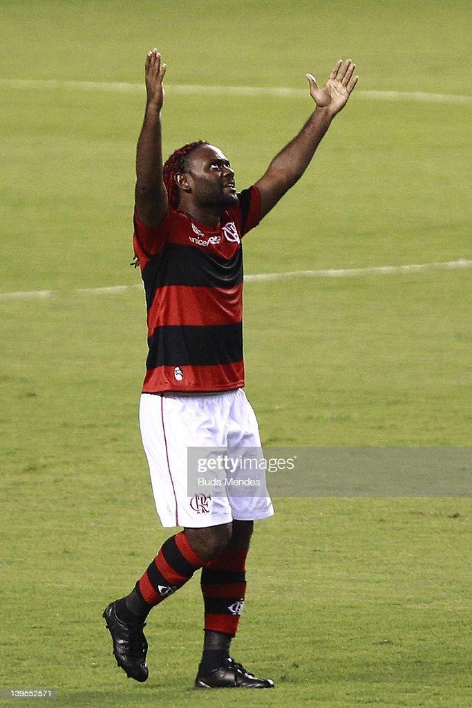 Vasco v Flamengo - Campeonato Carioca