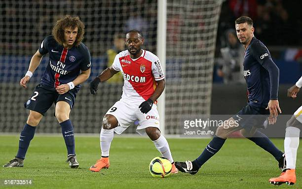 Vagner Silva de Souza aka Vagner Love of Monaco in action between David Luiz and Thiago Motta of PSG during the French Ligue 1 match between Paris...
