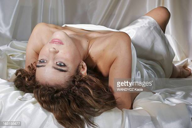 Vahina Giocante Séance photo glamour et sexy avec Vahina GIOCANTE Janvier 2006