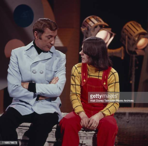 Val Doonican, Jack Wild appearing on the ABC tv series 'The Val Doonican Show'.