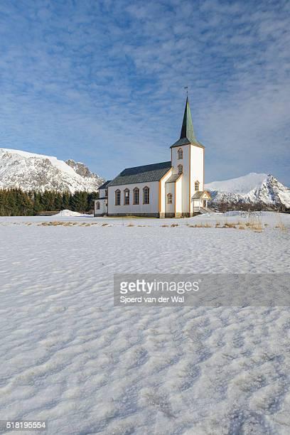 """valberg church in  vestvågøy  in the lofoten archipel in norway during winter - """"sjoerd van der wal"""" ストックフォトと画像"""