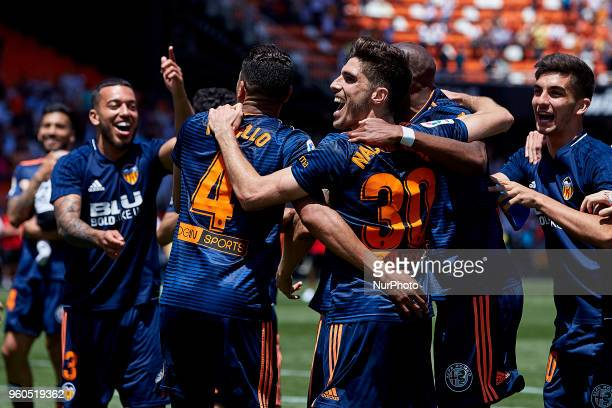 Valencia CF players celebrate the victory during the La Liga game between Valencia CF and Deportivo de la Coruna at Mestalla on May 20 2018 in...
