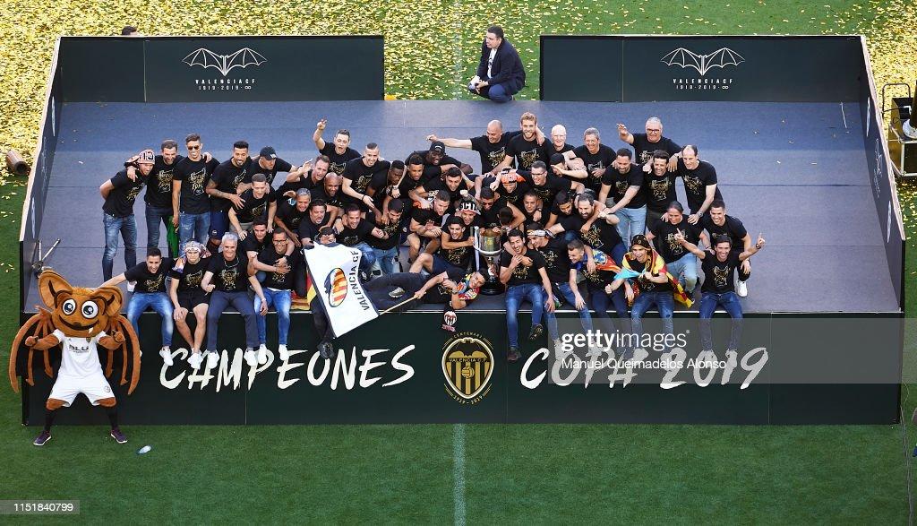 ESP: Valencia CF Trophy Parade In Valencia