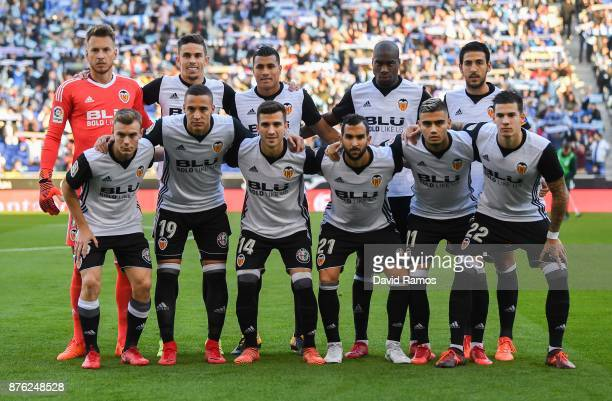 Valencia CF players pose for a team picture during the La Liga match between Espanyol and Valencia at Cornella El Prat stadium on November 19 2017 in...