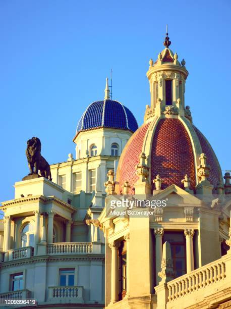 valencia city hall - valencia stock pictures, royalty-free photos & images