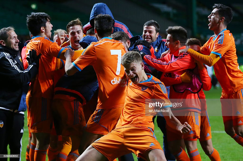 Valencia players celebrates as they win the penalty shoot out during the UEFA Youth Champions League match between Celtic and Valencia at Celtic Park on February 10, 2016 in Glasgow, Scotland.