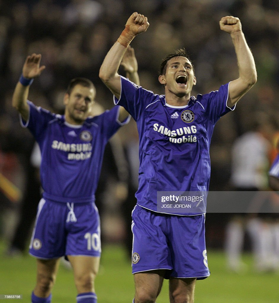 Chelsea's Frank Lampard and Joe Cole (R)... : News Photo