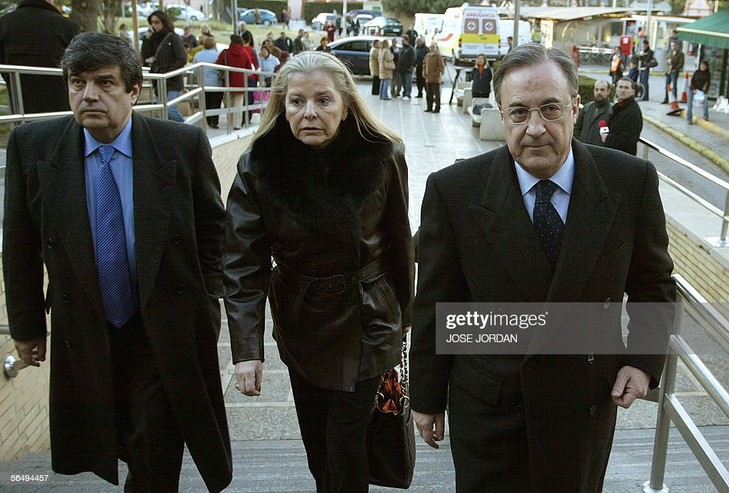 Real Madrid's President Florentino Perez , his wife Maria ...