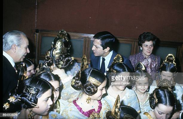 1977 Valencia Spain The president Adolfo Suarez and his wife during the ceremonies in honor of their daughter
