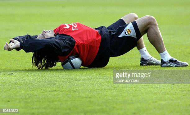 Valencia's Argentinean player Fabian Ayala trains during a session at the Ullevi Stadium in Goteborg 18 May 2004 on the eve of the UEFA Cup final...