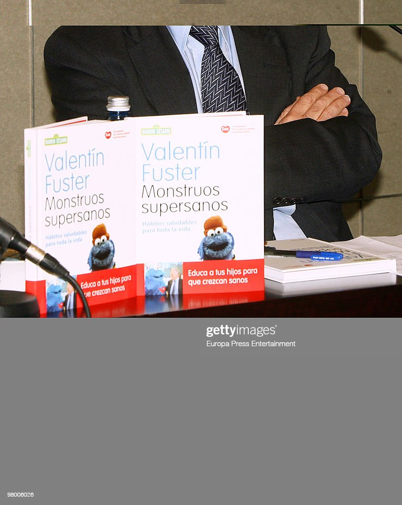 Valentin Fuster Attends The Launch Of His Book U0027Monstruos Supersanosu0027,  Written By Cardiologist