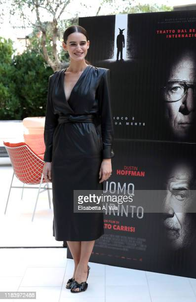 """Valentina Bellé attends the photocall of the movie """"L'uomo del labirinto"""" on October 28, 2019 in Rome, Italy."""
