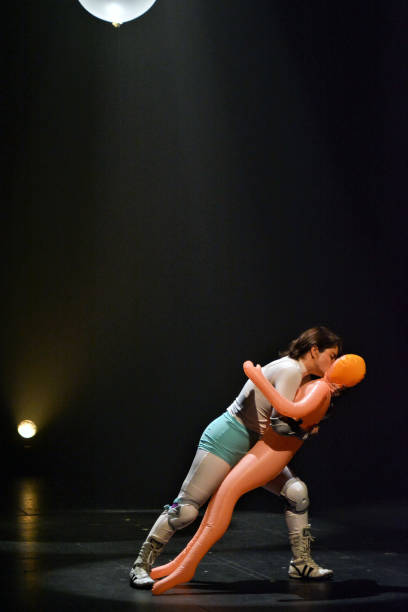 MEX: Helenico Theatre Reopens After Five Months With 'Hombruna'