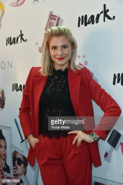Valentina Pahde attends the GLOW The Beauty Convention at Station on November 5 2017 in Berlin Germany