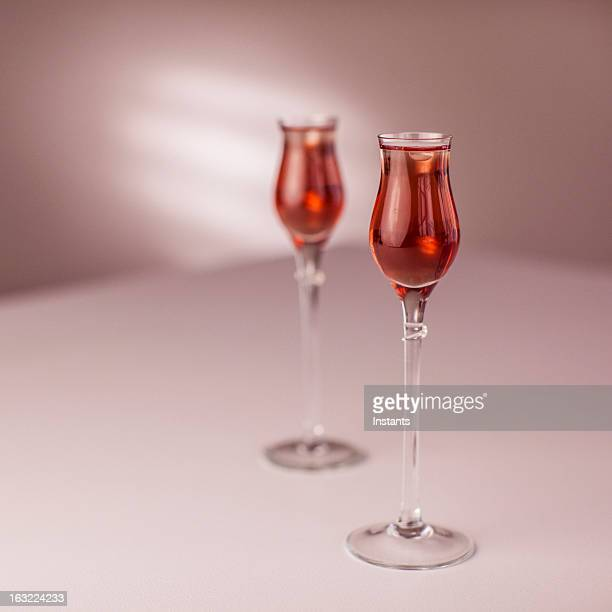 valentine drinks - liqueur stock pictures, royalty-free photos & images