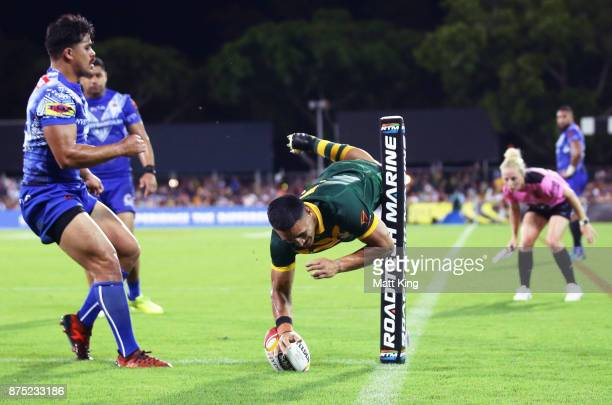 Valentine Holmes of Australia scores a try in the corner during the 2017 Rugby League World Cup Quarter Final match between Australia and Samoa at...