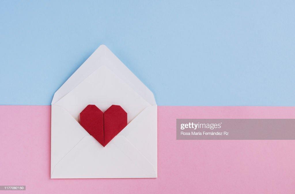Fold an Origami Heart Envelope - Easy Video Tutorial | 673x1024