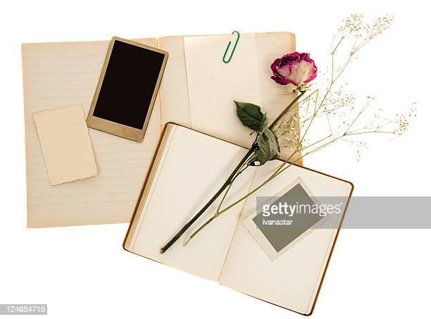 valentine nostalgische alten papier hintergrund - liniertes papier stock-fotos und bilder