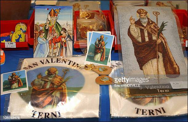 Valentinethemed souvenirs shop in Terni Italy on January 20th 2004 Every year on February 14th hundreds of lovers swear for love and faithfulness in...