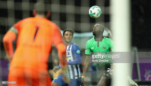 Valentino Lazaro of Hertha BSC battles for the ball with Salif Sane of Hannover 96 during the Bundesliga match between Hertha BSC and Hannover 96 at...