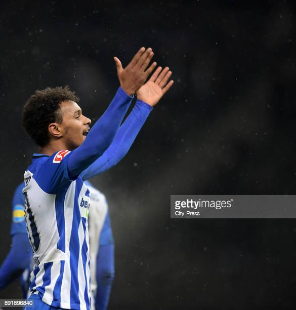 Valentino Lazaro of Hertha BSC celebrates after scoring the 20 during the game between Hertha BSC and Hannover 96 on december 13 2017 in Berlin...