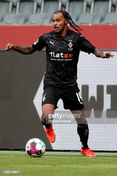 Valentino Lazaro of Moenchengladbach runs with the ball during the preseason friendly match between Borussia Monechengladbach and SpVGG Fuerth at...