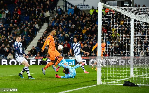 Valentino Lazaro of Newcastle United FC scores the third goal during the FA Cup Fifth Round match between West Bromwich Albion and Newcastle United...