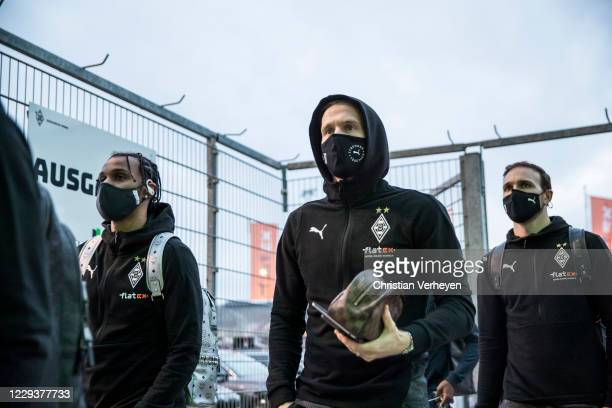 Valentino Lazaro Oscar Wendt and Tobias Sippel of Borussia Moenchengladbach are seen before the Bundesliga match between Borussia Moenchengladbach...