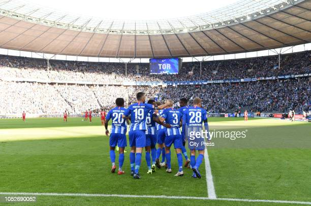 Valentino Lazaro Vedad Ibisevic Javairo Dilrosun Per Skjelbred Salomon Kalou and Fabian Lustenberger of Hertha BSC celebrate after scoring the 10...