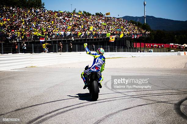Valentino Rossi of Italy and Movistar Yamaha MotoGP celebrates after winning the MotoGP of Catalunya at Circuit de Barcelona on June 05, 2016 in...