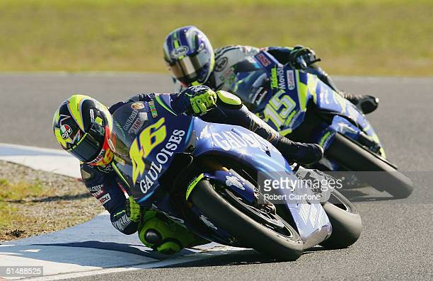 Valentino Rossi of Italy and the Gauloises Fortuna Yamaha leads Sete Gibernau of Spain and the Telefonica Movistar Honda Team during the Australian...