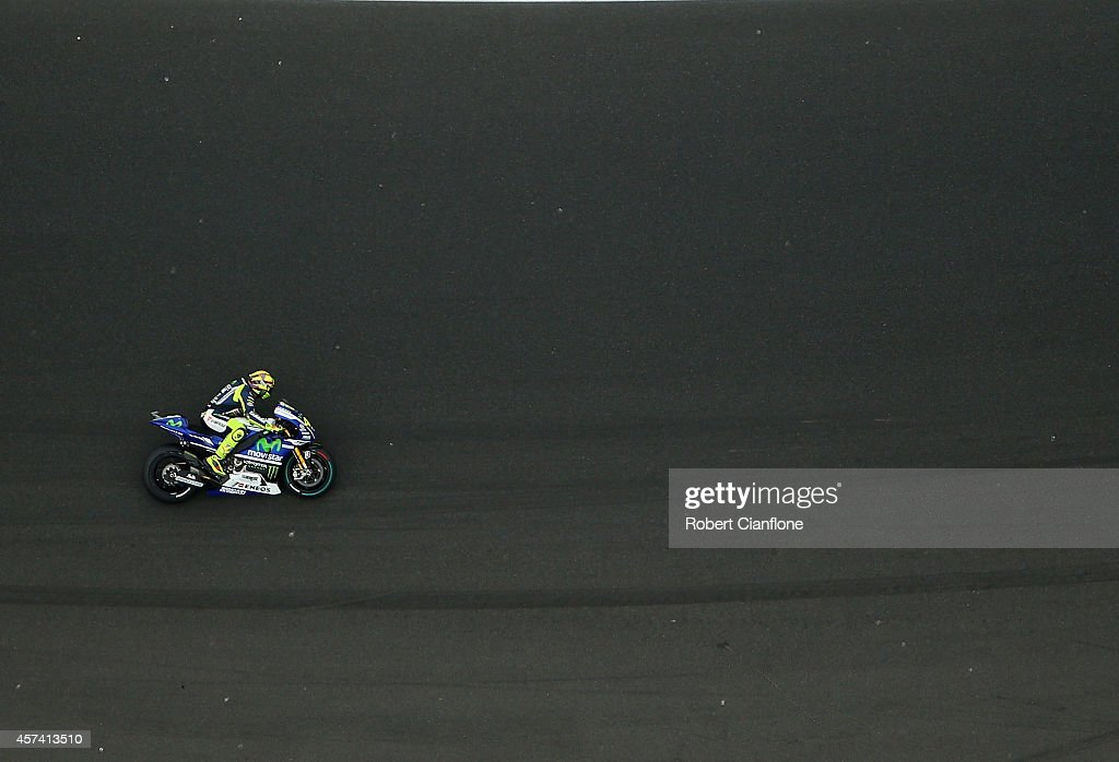 Valentino Rossi of Italy rides the #46 Movistar Yamaha MotoGp Yamaha during qualifying for the 2014 MotoGP of Australia at Phillip Island Grand Prix Circuit on October 18, 2014 in Phillip Island, Australia.
