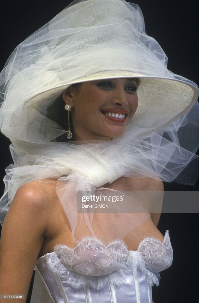 Haute Couture Spring Summer 1993 Show : News Photo