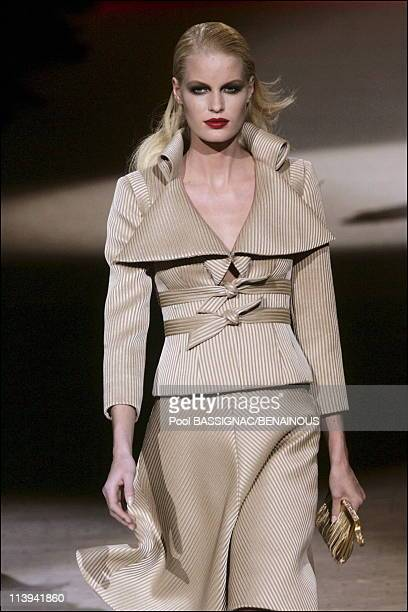 Valentino spring-summer 2006 Haute Couture show in Paris, France On January 23, 2006-Caroline Winberg .