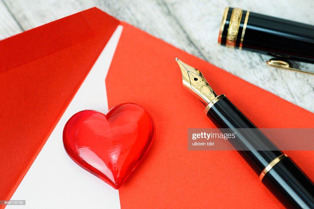 Valentinstagsbrief Und Herz