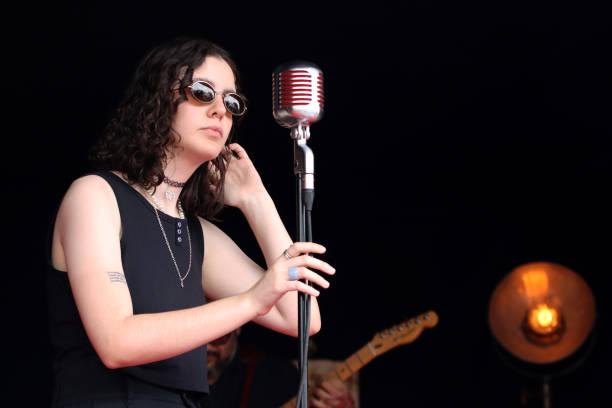 MEX: Valeria Wolf Neo-Soul Show
