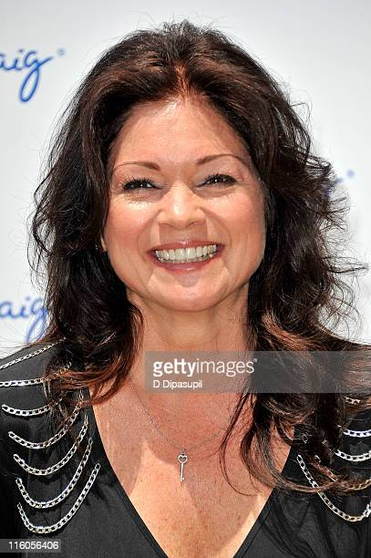 Valerie Bertinelli attends Jenny's Party in the Plaza at Josie Robertson Plaza at Lincoln Center on June 14, 2011 in New York City.