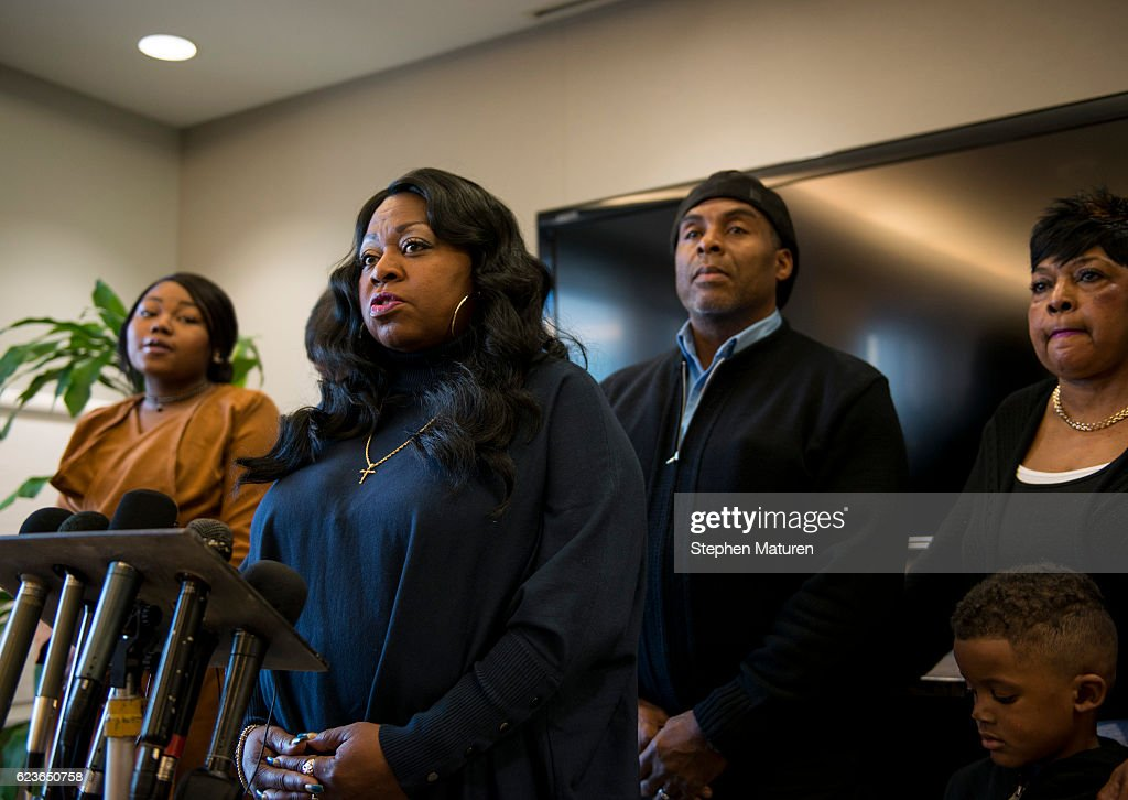 Charges Filed Against MN Police Officer In Fatal Shooting Of Philando Castile : News Photo