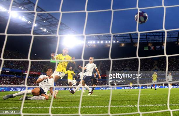 Valerie Gauvin of France scores her team's first goal during the 2019 FIFA Women's World Cup France Round Of 16 match between France and Brazil at...