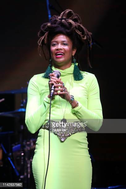 """Valerie June performs during """"Newport Folk Presents: Mavis & Friends"""" at The Apollo Theater on May 9, 2019 in New York City."""