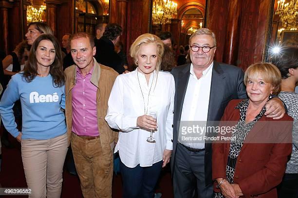 Valerie Kapriski Patrick Goavec Sylvie Vartan JeanManuel Bajen and his wife attend Sylvie Vartan triumphs in the Theater Play 'Ne me regardez pas...