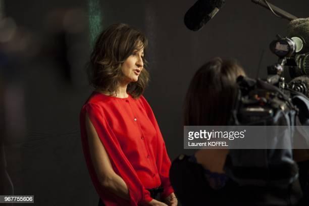 Valerie Lemercier attends at Asterix et Obelix au service de sa majeste film premiere at Le Grand Rex on September 30 2012 in Paris France