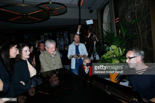 Valerie Perrin Anouk Aimee and Claude Lelouch listen to Vincent Delerm who wrote a song especially for Claude Lelouch during Claude Lelouch...
