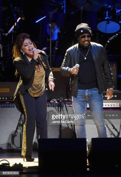 Valerie Simpson and Anthony Hamilton perform onstage at the Second Annual LOVE ROCKS NYC A Benefit Concert for God's Love We Deliver at Beacon...