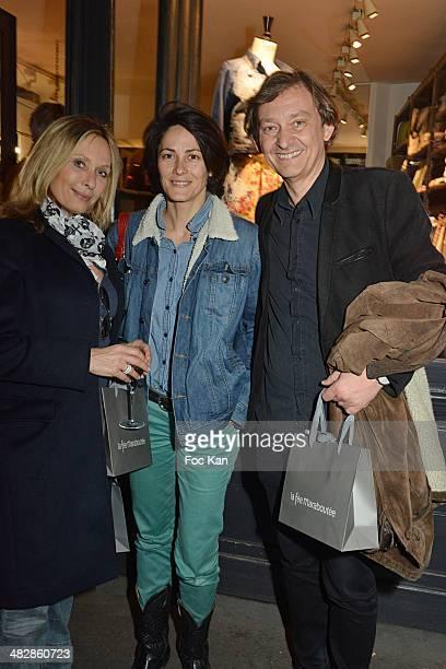Valerie Steffen Delphine Malachard de Turckheim and Jerome Arnaud Wagner attend the 'J'aime Ton Mari' Sylvie Bourgeois Harel Book Reading Cocktail at...