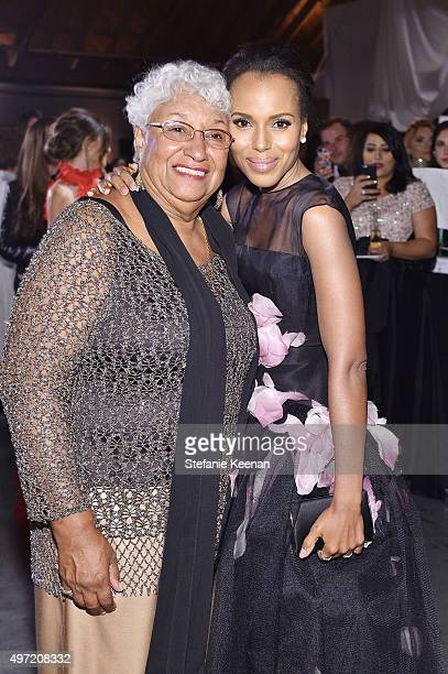 Valerie Washington and actress Kerry Washington attend the 2015 Baby2Baby Gala presented by MarulaOil Kayne Capital Advisors Foundation honoring...