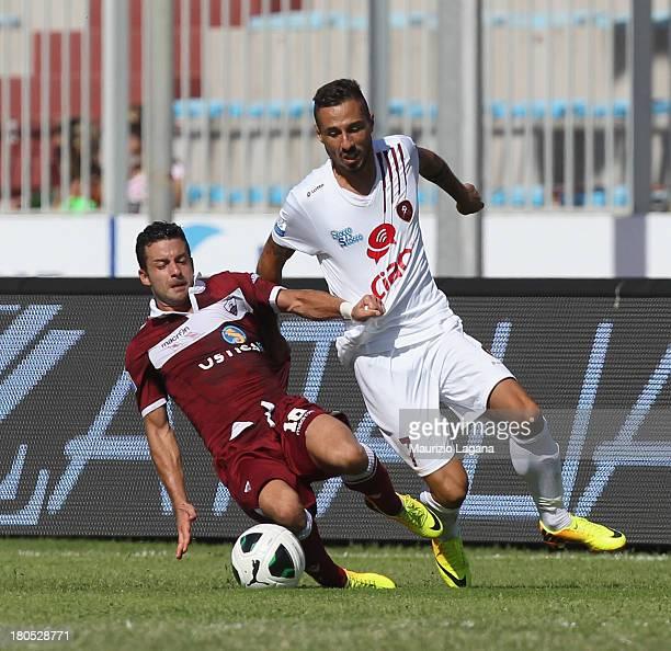 Valerio Foglio of Reggina competes for the ball with Valerio Martinelli of Trapani during the Serie B match between Trapani Calcio and Reggina Calcio...