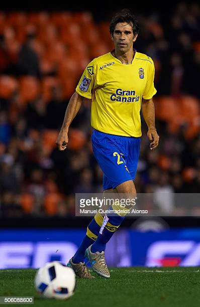 Valeron of Las Palmas in action during the Copa del Rey quarterfinal first leg match between Valencia CF and UD Las Palmas at Estadio Mestalla on...
