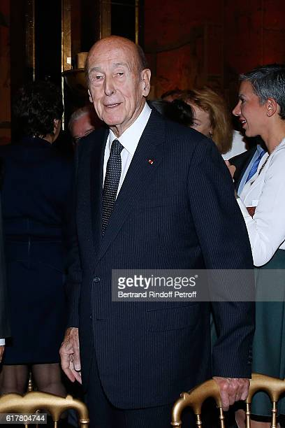 Valery Giscard d'Estaing attends the French-American Foundation : Dinner Gala at Palais de Chaillot on October 24, 2016 in Paris, France.